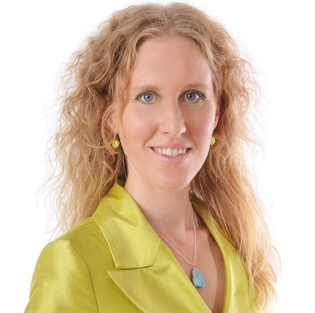 """Interview mit Sylvia Harke: """"Wenn Frauen zu viel spüren: Schutz und Stärkung für Hochsensible"""""""