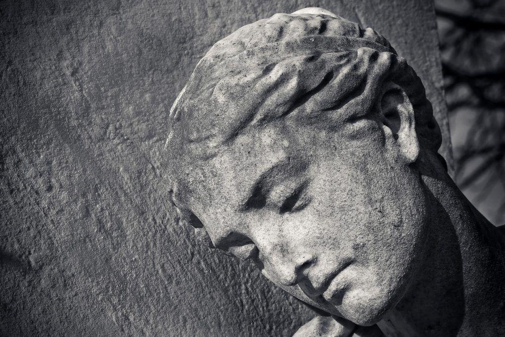 """Statue, Klassiker: """"Narziß und Goldmund"""" von Hermann Hesse"""
