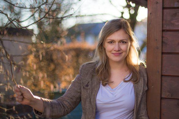 """Interview mit Isabell Prophet: """"Die Entdeckung des Glücks – Dein Leben fängt nicht erst nach der Arbeit an"""""""
