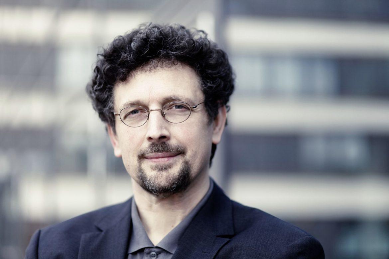 """Interview mit Dr. Ulrich Ott: """"Die Heilkraft der Yoga-Atmung auf wissenschaftlicher Basis"""""""