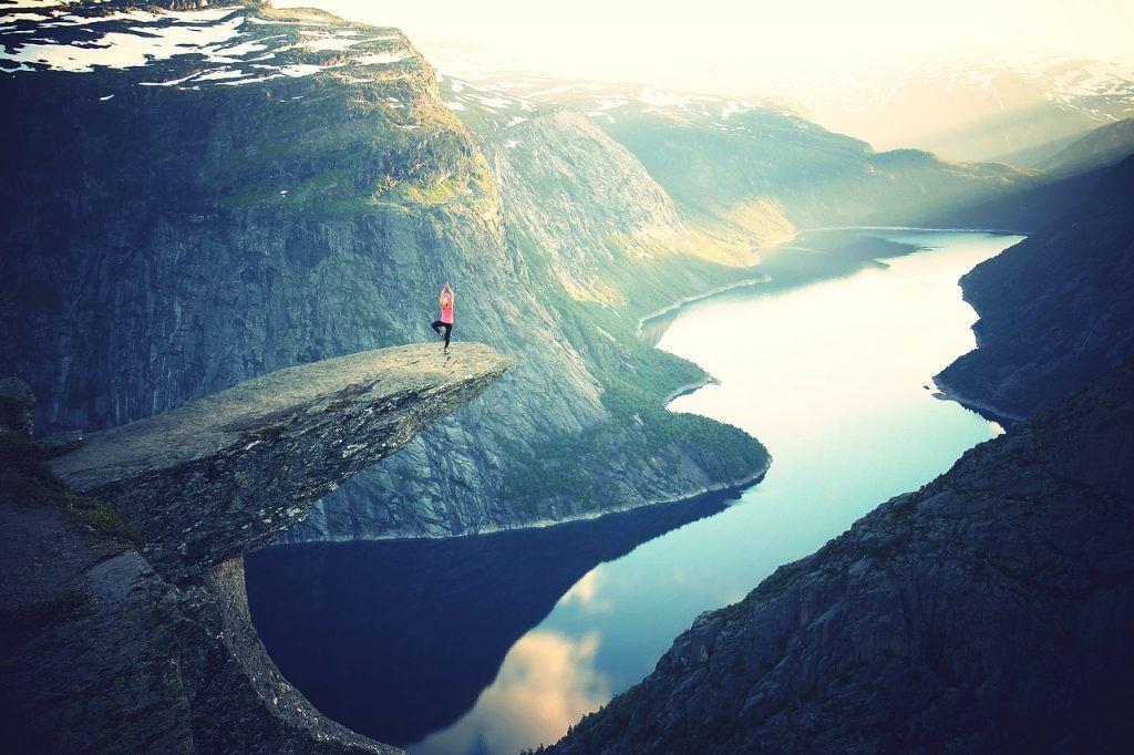 Yoga in schöner Natur