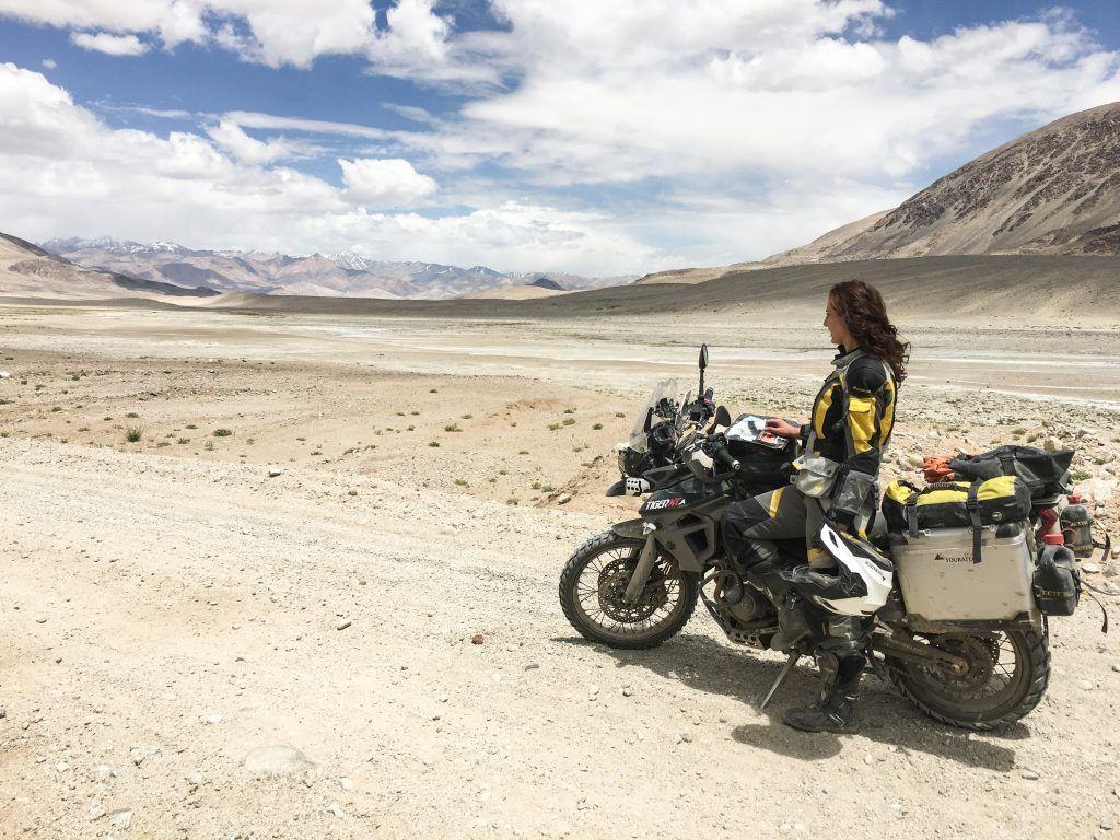 """Interview mit Lea Rieck: """"Sag dem Abenteuer, ich komme: Wie ich mit dem Motorrad die Welt umrundete und was ich von ihr lernte"""" 2"""