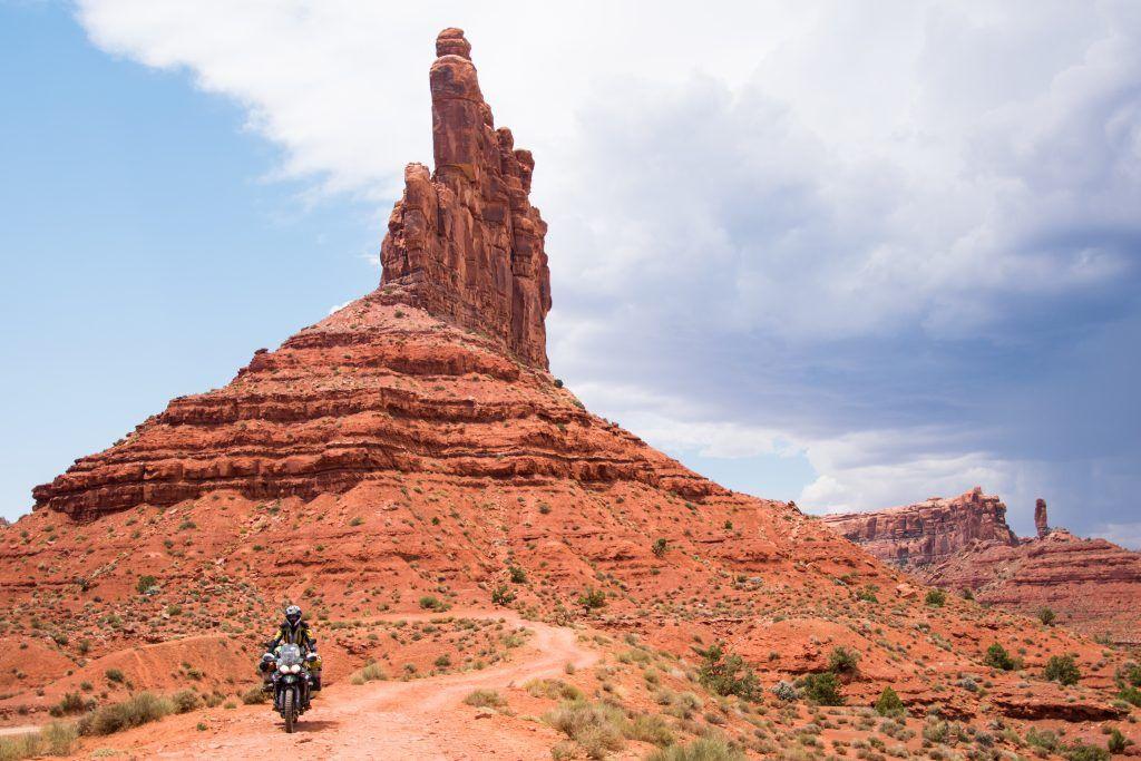 Lea Rieck auf dem Motorrad in den USA