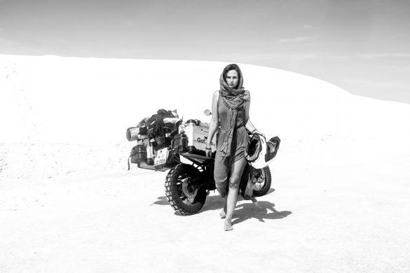 """Interview mit Lea Rieck: """"Sag dem Abenteuer, ich komme: Wie ich mit dem Motorrad die Welt umrundete und was ich von ihr lernte"""""""