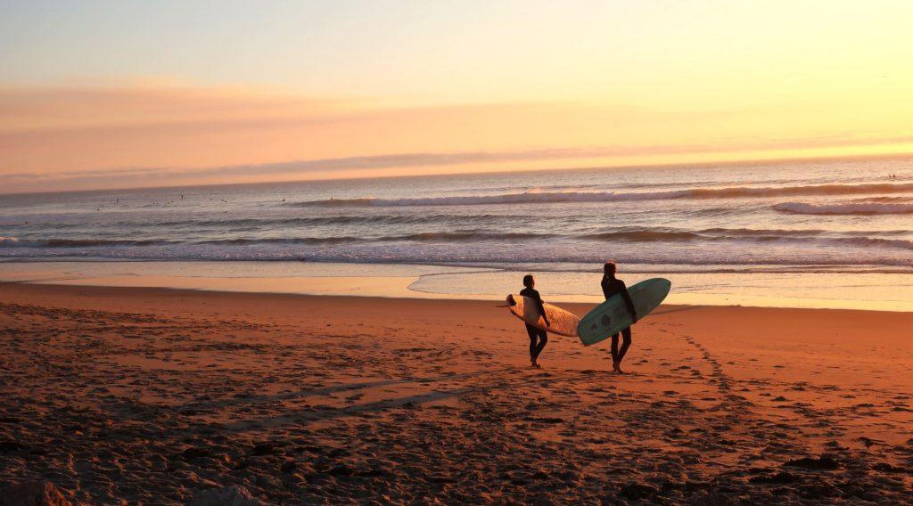 Surfen als Punkt auf der Bucket List